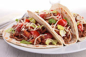 Beef tacos with salad and tomato — Foto de Stock
