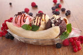 Gourmet banana split — Stock Photo