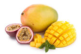 Isolated mango and passion fruit — Stock Photo