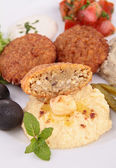 Hummus and falafel — Stock Photo