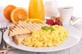 Tostadas y huevo frito — Foto de Stock