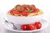 意大利面和肉丸 — 图库照片