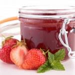 Strawberry dessert — Stock Photo #30001323