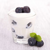 Blueberry and yoghurt — Stock Photo