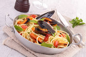 Spaghetti with mussel — Stock Photo