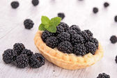 Blackberry pastry — Stock Photo
