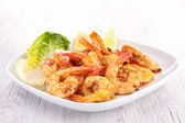 Plate of cooked shrimp — Stock Photo