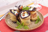 Eggplant rolled with cheese — 图库照片
