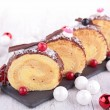 Christmas pastry, Yule log — 图库照片