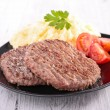 Beefsteak and puree — Stockfoto #41992635