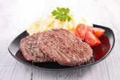 Beefsteak and puree — Stock Photo