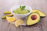 Avocado and guacamole — Stock Photo