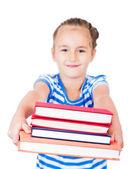 Sırt çantası ve beyaz arka plan üzerinde izole kitap ile küçük kız — Stok fotoğraf