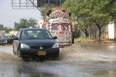 First downpour of winter season in Karachi — Stock Photo