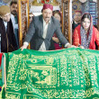 Sindh Assembly Speaker, Nisar Ahmed Khoro along with Sindh Culture Minister, Sassy Palejo lays wreath at Grave of Shah Abdul Latif Bhitai (RA) — Stock Photo #18085971