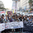 Members of Karachi Union of Journalist chant slogans against bomb blast at Qandhari Imambargah — Stock Photo #18616065