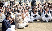 Residents of Bara offer offers Dua (Prayer) for the eighteen , who were killed in tribal region Bara — Stock Photo