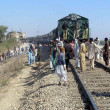 Activists of Ahle Sunnat Wal Jamat (Defunct Sipah-e- Sahaba) stop train as they are protesting killing of their party worker, who was assassinated by unidentified gunmen — Stock Photo