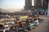 Motorists are in queue and waiting for their turn to refill CNG in their vehicles that opened after 24 hours of closure — Stock Photo
