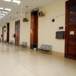 High court premises seen desolated as the lawyers boycott court proceedings during strike called by lawyers against targeting bomb blast attack on the convoy of Sindh High Court Justice — Stock Photo