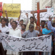 People from Christian Community are protesting against dual suicidal bomb blast attack on a church of Peshawar — Stock Photo