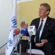 United Nations High Commissioner for Refugees (UNHCR) Country Head Neill Wright addresses to media persons during press conference on the occasion of inauguration ceremony of UNHCR — Stock Photo