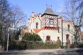 Tudor-stil hus i berlin, tyskland — Stockfoto