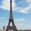 Large and small Eiffel Towers — Stock Photo