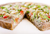 Raw food quiche — Stock Photo
