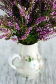 Heather in the vase — Stock Photo