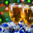 Two glasses of wine at Christmas time — Stock Photo