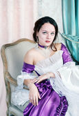 Beautiful young woman in medieval dress — Foto de Stock