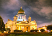 Saint Isaac's Cathedral (Isaakievskiy Sobor) in Saint Petersburg — Stock Photo