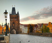 Charles bridge in Prague early in the morning — Stok fotoğraf