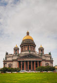 Saint Isaac's Cathedral (Isaakievskiy Sobor) in Saint Petersburg — Stock fotografie