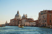Basilica Di Santa Maria della Salute with vaporetto floating at — Stock Photo