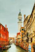 Narrow canal in Venice, Italy — Stock Photo