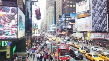 Rush hour at Times square in New York City — Stock Video