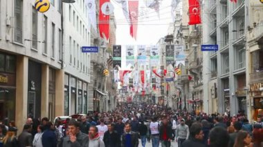 Crowded istiklal street — Stock Video