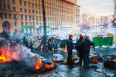 Barricades with the protesters at Hrushevskogo street in Kiev — Stock Photo