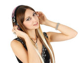 Sarışın genç kadın müzik dinleme — Stok fotoğraf