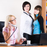 Three pretty businesswomen — Stock Photo #43150555