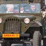Veterans of World War 2 on parade — Stock Photo #46685583