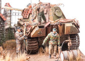 "Miniature with soldiers andgerman tank ""Panther"" — Foto de Stock"
