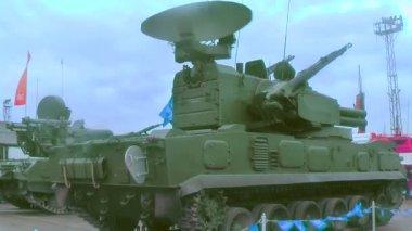 Antiaircraft gun missile system 2S6M1 Tunguska M1 — Stock Video