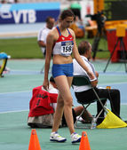 High jumper Maria Kuchina from Russia competes in the high jump on the 2012 IAAF World Junior Athletics Championships on July 15, 2012 in Barcelona, Spain — Stock Photo