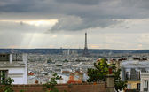 Paris skyline with Eiffel tower — Stock fotografie