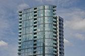 Edifício único arranha-céus — Foto Stock