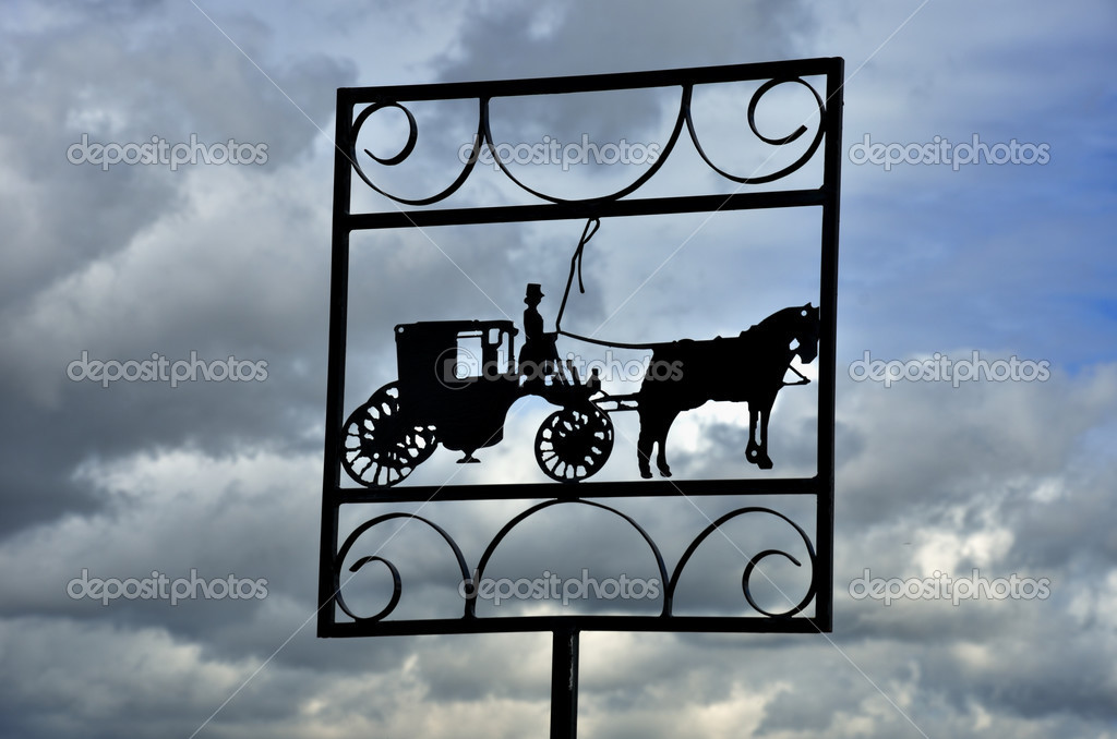 Horse and cart in silhouette — Stock Photo #13622743