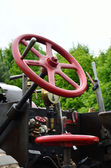 Steering wheel of traction engine — Stock Photo